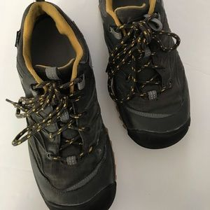 Keen Shoes - Keen outdoor shoes